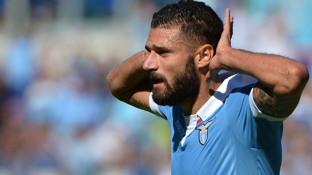 Lazio's midfielder Antonio Candreva celebrates after scoring during the Italian Serie A football match between Lazio vs Cesena on September 14, 2014 at the Olympic stadium in Rome. AFP PHOTO / ALBERTO PIZZOLI        (Photo credit should read ALBERTO PIZZOLI/AFP/Getty Images)